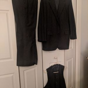 Mens 3 piece Brooks Brothers suit